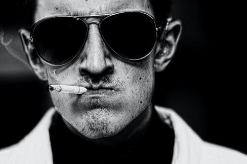 je ne suis pas un fumeur mais un être humain